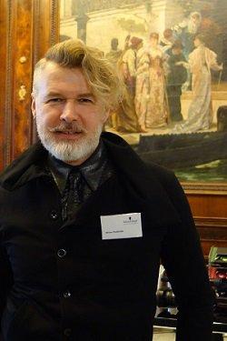 Украинец выбирает лучших парикмахеров Австрии